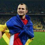 Припинити переслідування футболіста Романа Зозулі закликає українське посольство в Іспанії