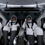 SpaceX запустила у космос першу цивільну місію